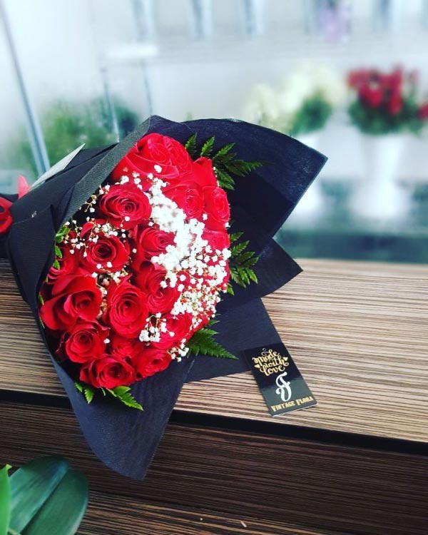 Bouquet Of Red Roses Same Day Delivery Bahraingreetings